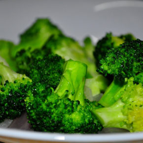 Piure de broccoli şi cartofi