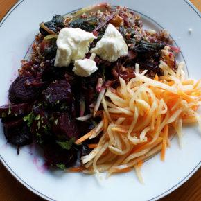 Salată de sfeclă coaptă