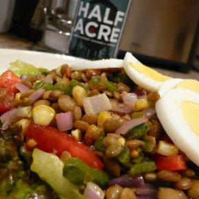 Salată de fasole păstăi și linte verde