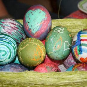 Cum și cu ce vopsim ouăle de Paște?