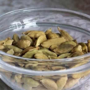 Cardamom, aroma terapeutică a Indiei