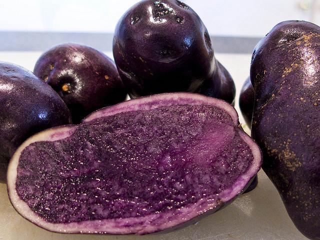 Cartof violet sau cea mai sănătoasă legumă | Diversificare.ro