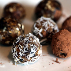 tort din bomboane de ciocolată
