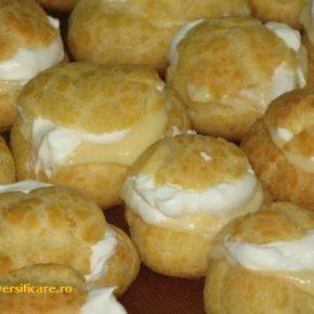 choux-uri cu cremă de vanilie