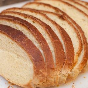 Pâine de casă simplă
