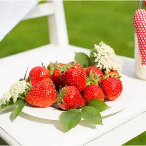 5 fructe de iunie pe care le adorăm
