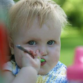 Cât de importantă este diversitatea în alimentaţia bebeluşului?